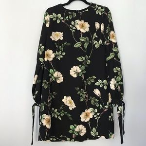 H&M Floral Print Long Sleeve Dress with Pockets